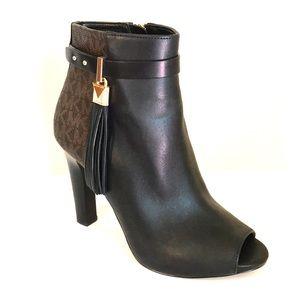 🔥HOST PICK🇨🇦 Michael Kors Peep Toe Boots Size 6